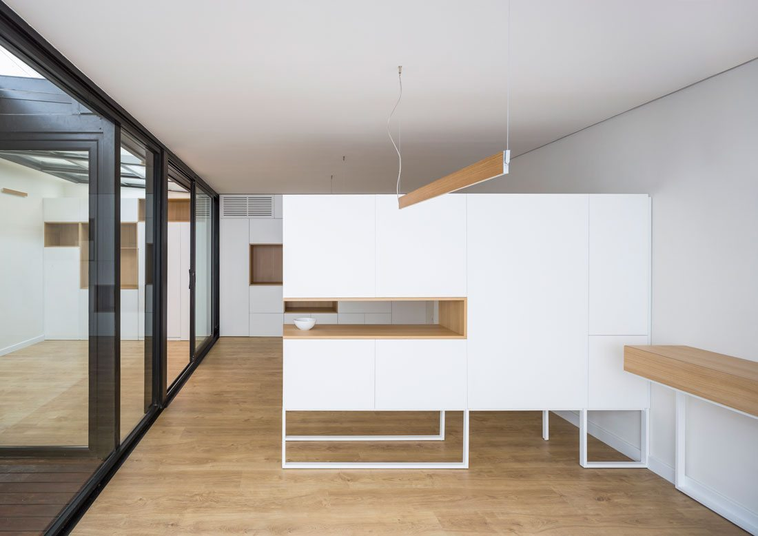 Interiorismo-valencia-reforma-adencia_de_viajes. mobiliario-diseño.